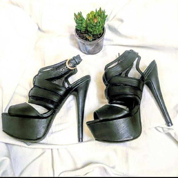 618ab6f6e15e6 Charlotte Russe Shoes - 🆑Charlotte Russe